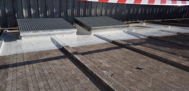 Fabricación perimetral de Lucernarios para impermeabilizar.